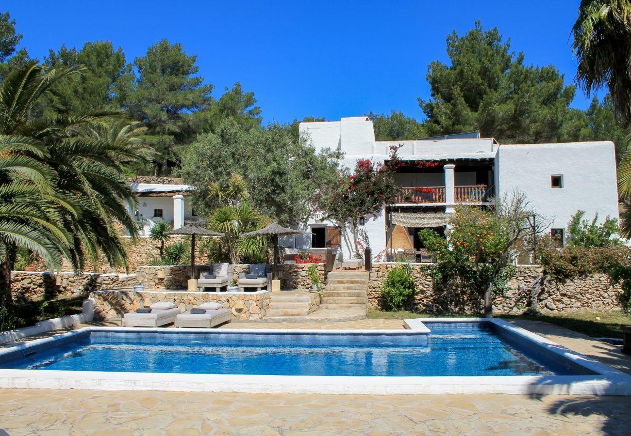 villa para 18 personas en Ibiza