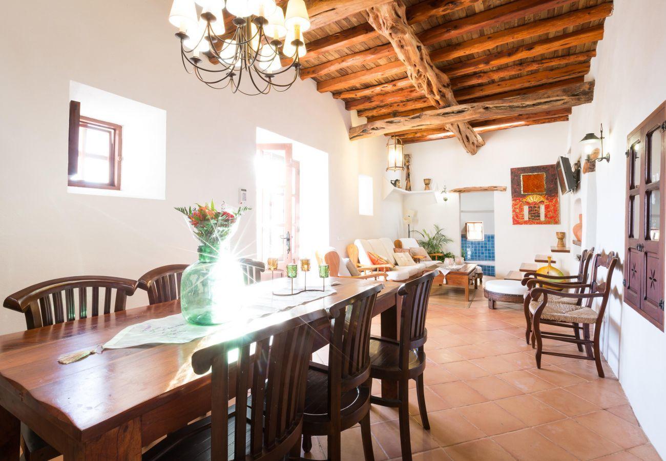 Villa en Santa Eulalia del Río - VILLA CANSERES
