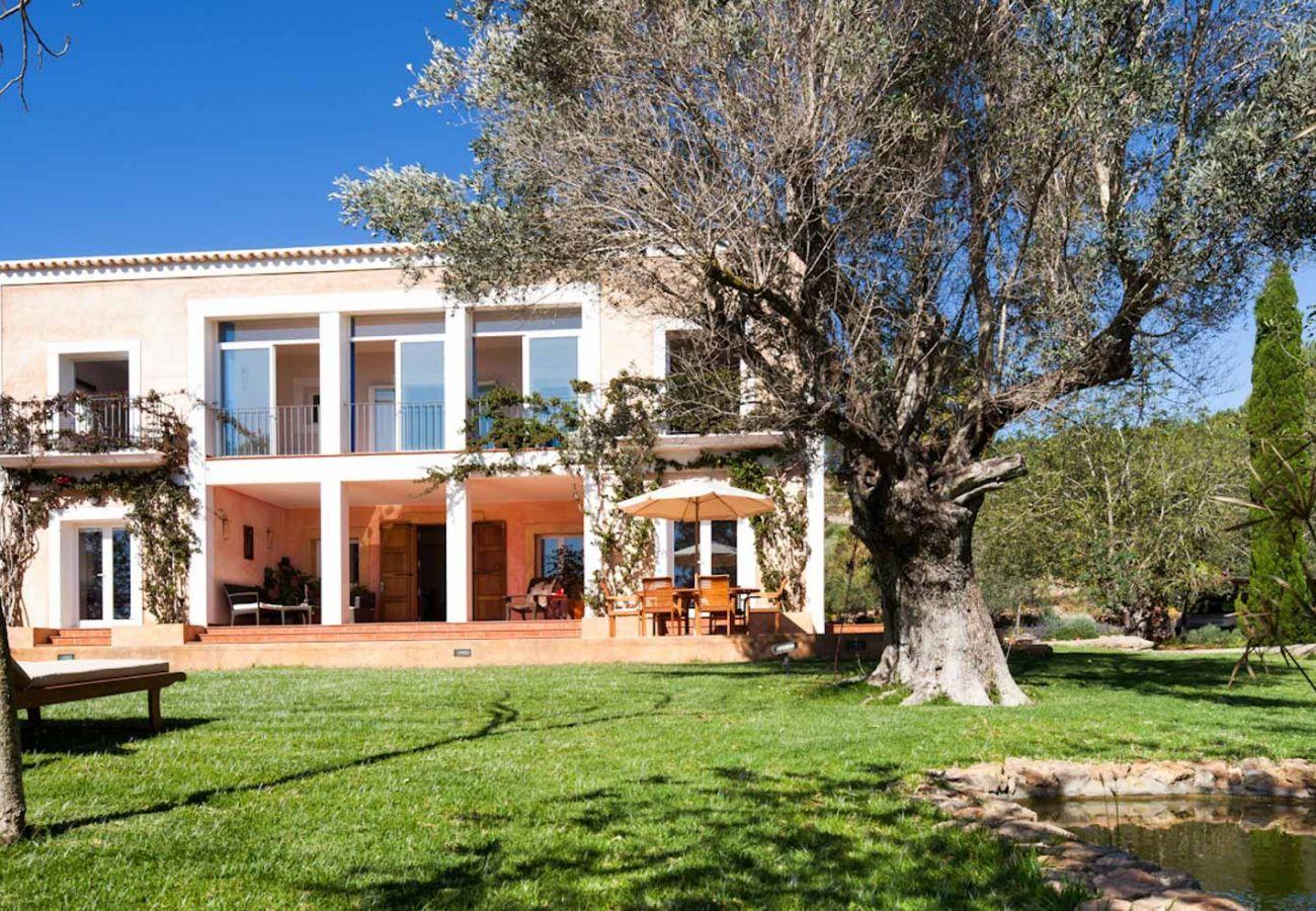Casa rural en Santa Gertrudis - VILLA TAMHASS
