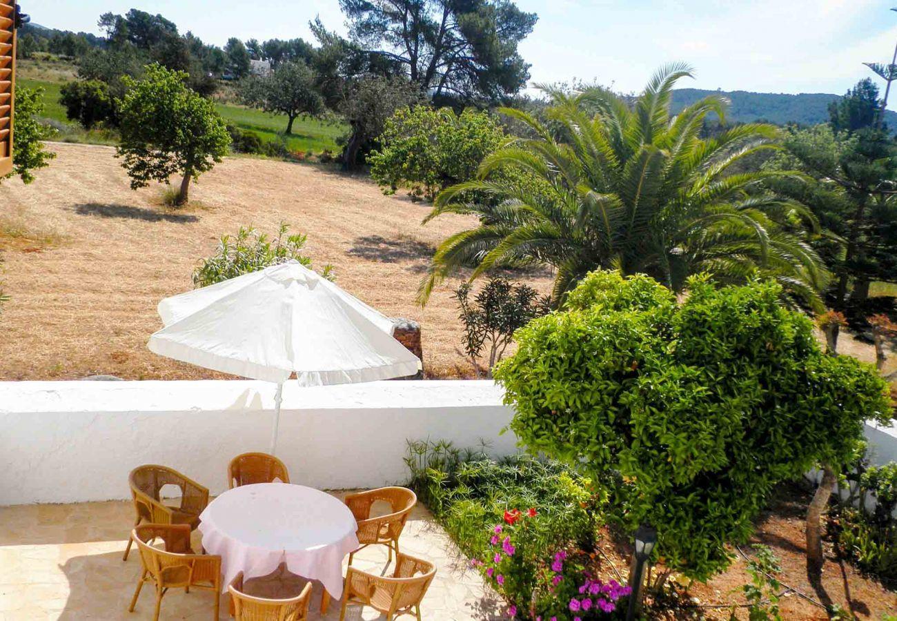 Casa rural en Sant Llorenç de Balafia - CASA MORENO
