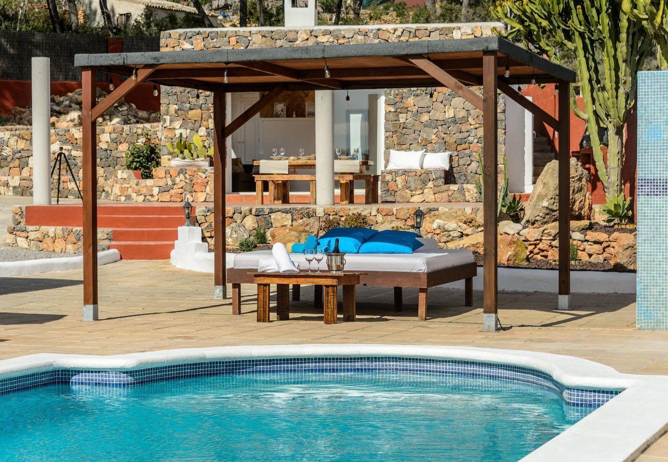 Villa en Santa Eulalia del Río - CASA MIA