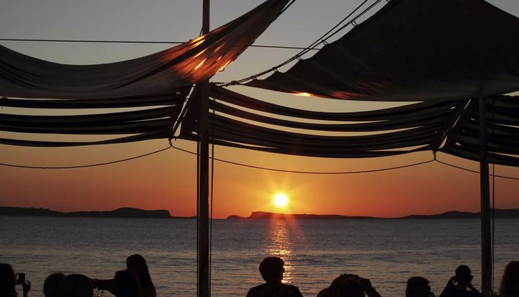 Atardecer en Ibiza desde el Café Del Mar